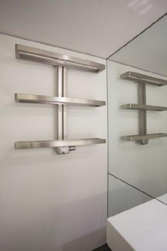 http://www.radiateur-design.com/126-262-thickbox/radiateurs-design-splendeur.jpg