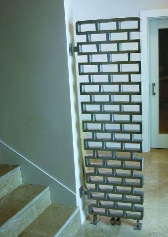 http://www.radiateur-design.com/201-85-thickbox/radiateur-vertical-design-pure.jpg