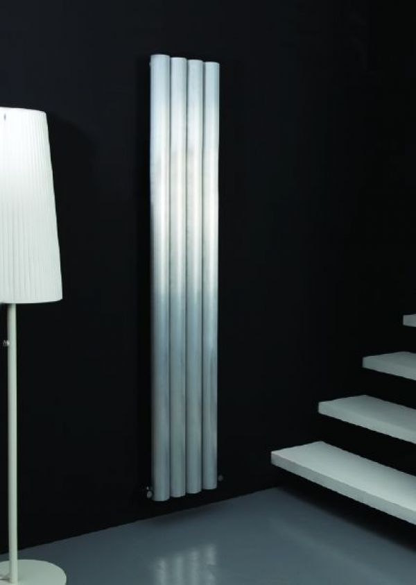 radiateur design blanc chrom noir prix discount. Black Bedroom Furniture Sets. Home Design Ideas