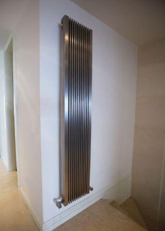 radiateur gaz design fournisseur de radiateurs design. Black Bedroom Furniture Sets. Home Design Ideas
